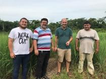 Partenaires, présidents d'un association d'agriculteurs bio