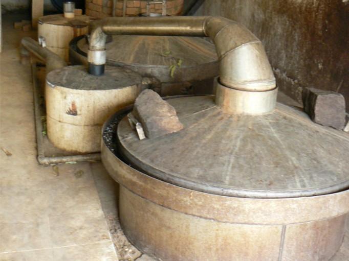 Distillerie à Ambatondrazaka